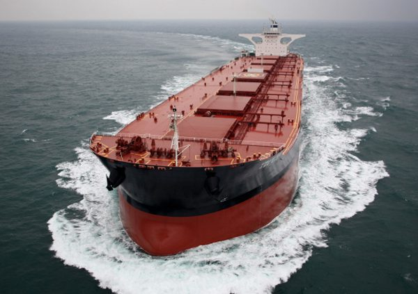 Bulkers without scrubbers `will become uncompetitive' (source: Lloyd's  List) - Cambiaso Risso Group